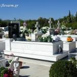 Ταφικό μνημείο ενδιάμεσου μεγέθους με μάρμαρο και γρανίτη