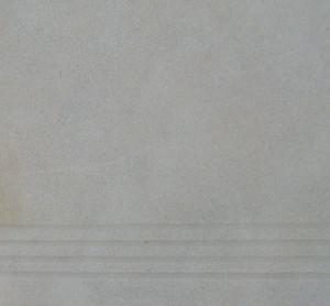 Σκαλοπάτι πόρτας με αμμοβολή και  αντιολισθιτικές γραμμές