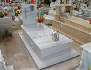 Ταφικό μνημείο οικογενειακού μεγέθους (Κωδ. Ρόδος Οικ. 026)
