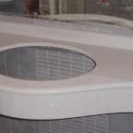 Πάγκος λουτρού κατασκευασμένος από τεχνογρανίτη Specchio White.