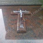 Διπλός σταυρός στην οριζόντια πλάκα. Λεπτομέρεια